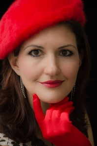 Cat finger on chin HR Colour red beret